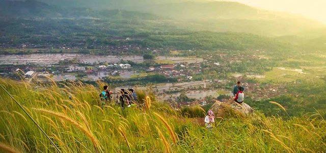 Tempat Wisata Dataran Tinggi di Sukabumi Menyuguhkan Pesona Hamparan Alam