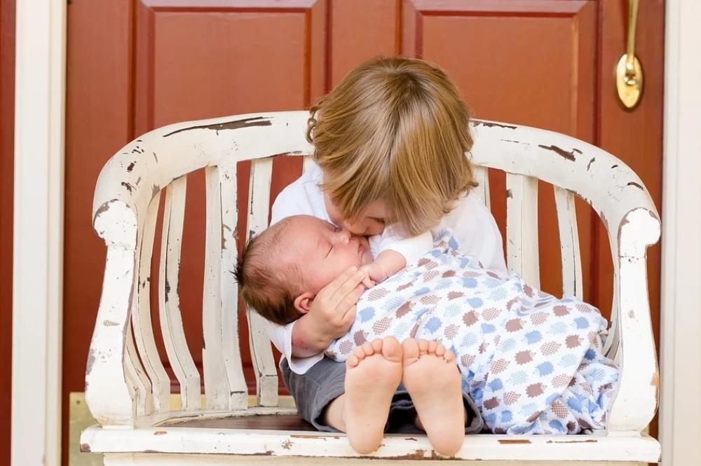 Tips Mengasuh Bayi Baru Lahir agar Maksimal